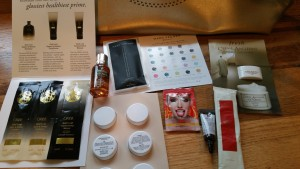 My gifts with purchase from the Neiman Marcus Beauty Event going on right now! (oh, roses not included!)