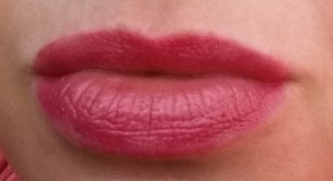 Bobbi Brown Nourihsing Lip Color - Cosmic Peony - Swatch on lips in natural light