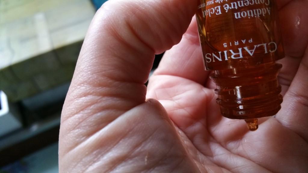 Dispenser tip for Clarins Radiance-Plus Golden Glow Bronzer