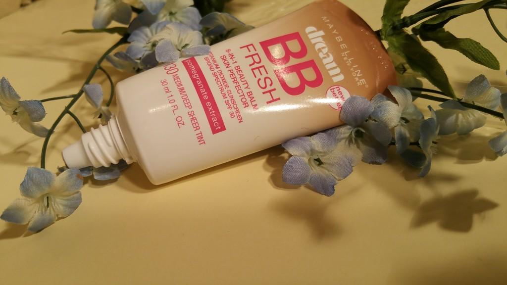 Maybelline Dream BB Fresh 8-in-1 Skin Perfector Titanium Dioxide Sunscreen SPF 30 - Medium/Deep Sheer Tint #130